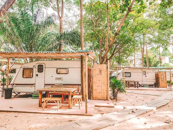 5. Beach House Camp สัตหีบ ชลบุรี