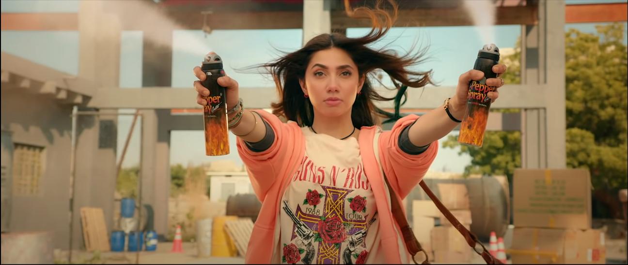 Mahira Khan having pepper spray in her hands.
