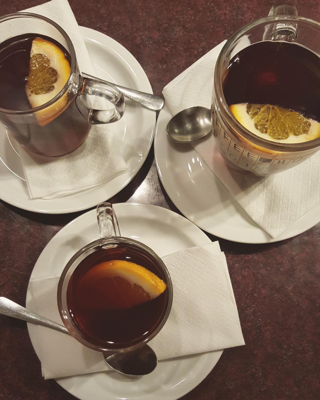 Ook in cafés wordt mulled wine aangeboden in de winter in Boedapest.