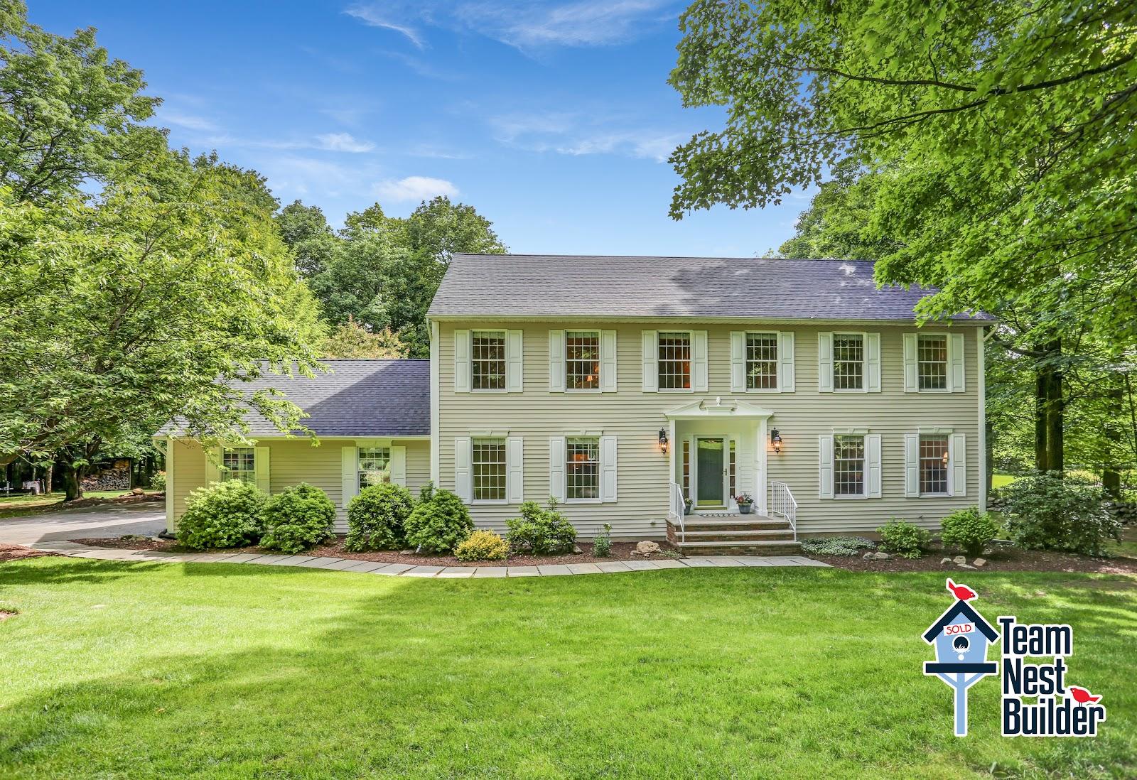 Your new home awaits at 79 Hidden Glen Drive!