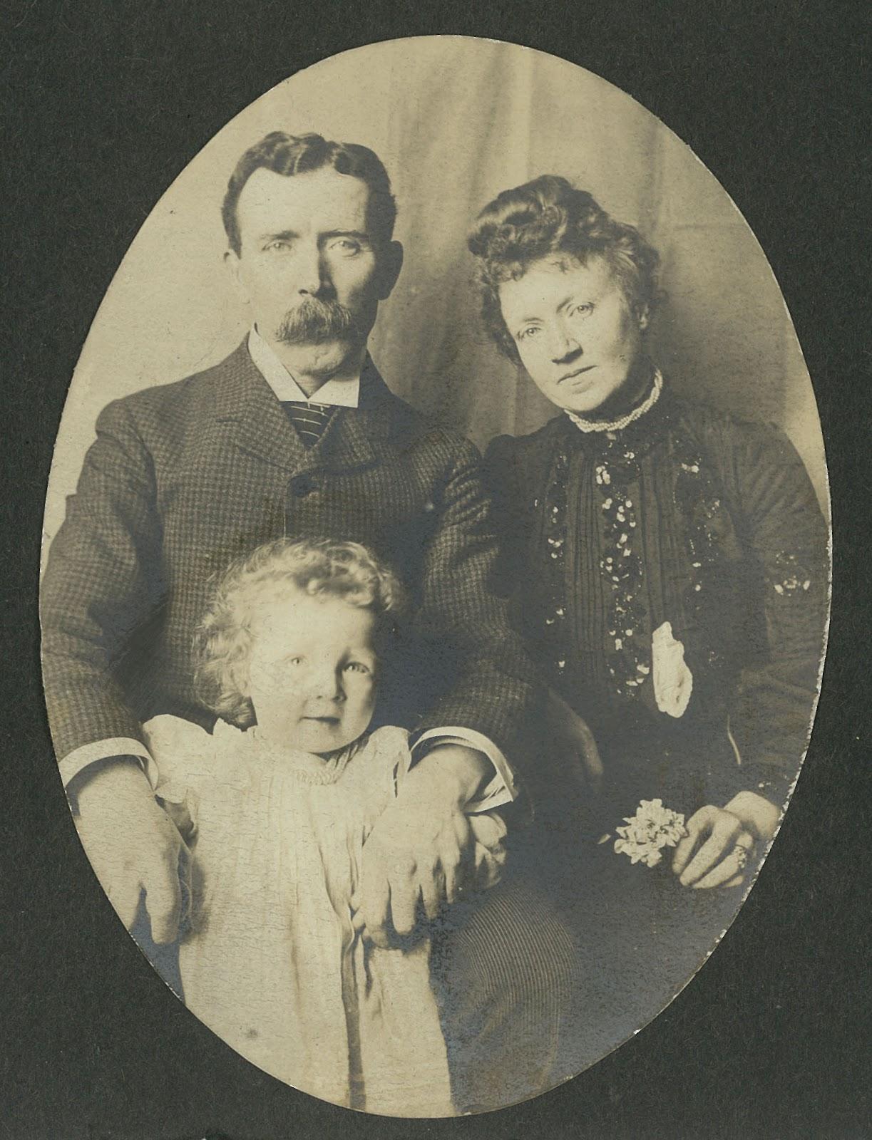 John, Mamie Mary 5.jpg