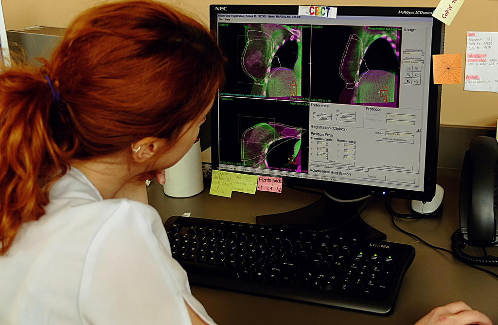 Картинки по запросу breast cancer radiation