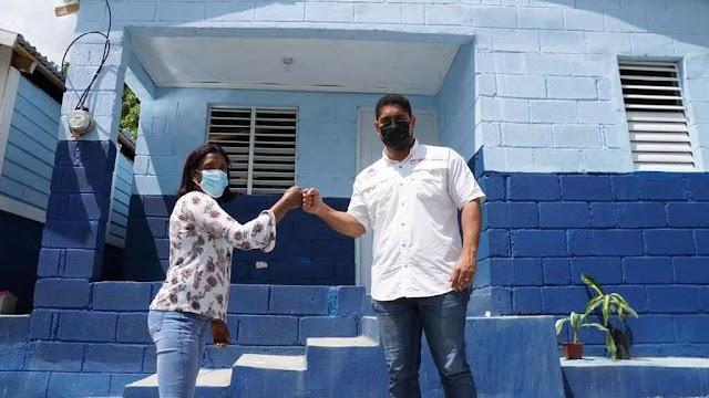 Propeep entrega vivienda a madre soltera en San José de Ocoa