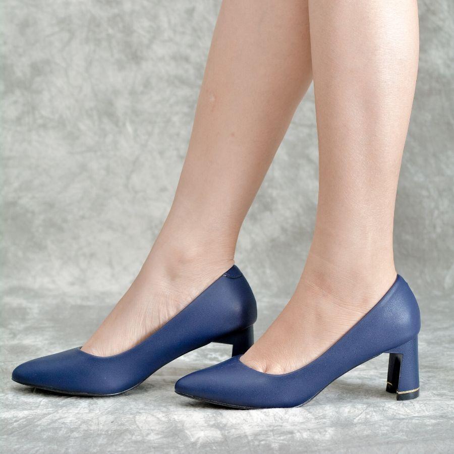 Mẫu giày cao gót màu sắc tươi tắn