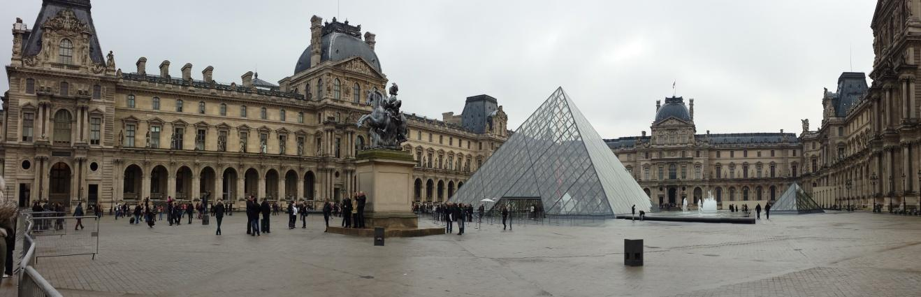 C:\Users\Sara\Desktop\FOTO ATTIVITA', SCUOLA E GITE 2012-2013\29- Parigi\Parigi (321).jpg