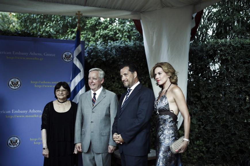 Oι καλεσμένοι και το backstage από τη χθεσινή δεξίωση για την 4η Ιουλίου στην οικία του αμερικανού πρέσβη στην Αθήνα