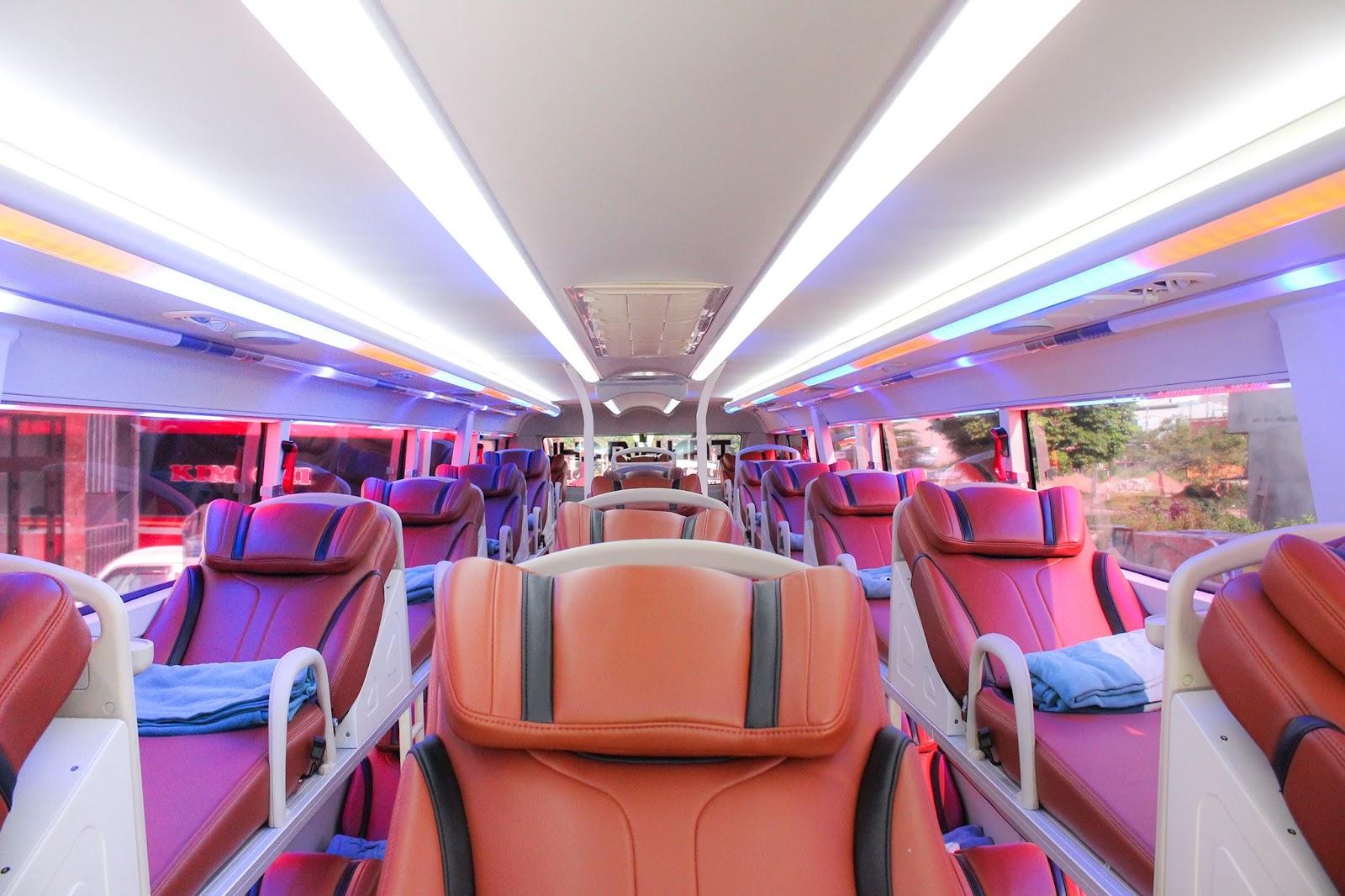 Nội thất xe Kim Chi 265 đi Đà Nẵng từ Hà Nội