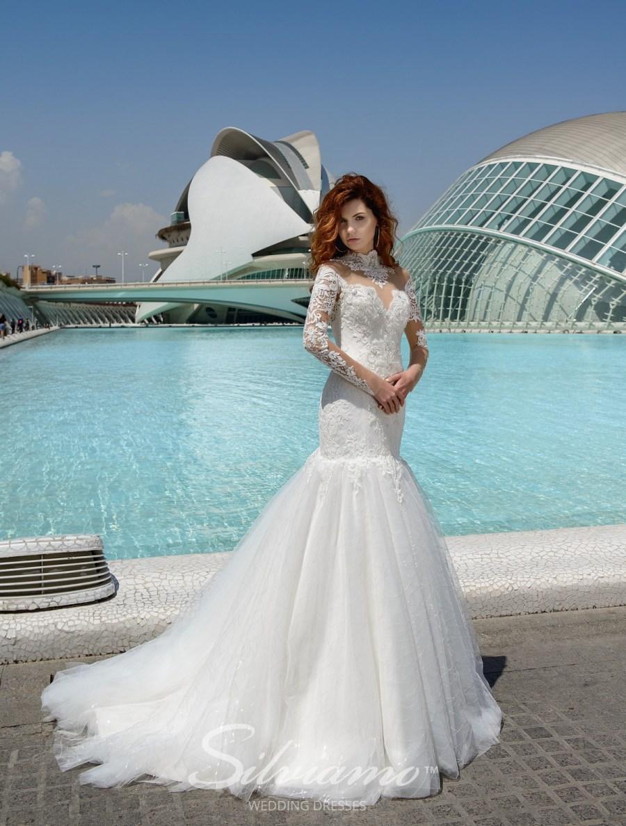 Весільну сукню рибка оптом