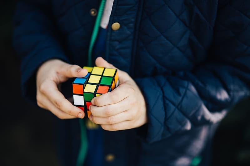 Complete Rubik's Cubes