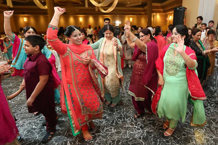 nach gana sikh wedding