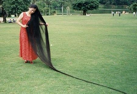 Xie Qiuping – Rambut Terpanjang di Dunia