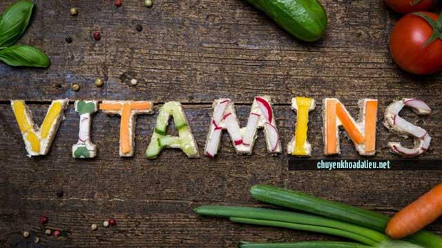 người bị viêm da cơ địa nên ăn nhiều vitamin