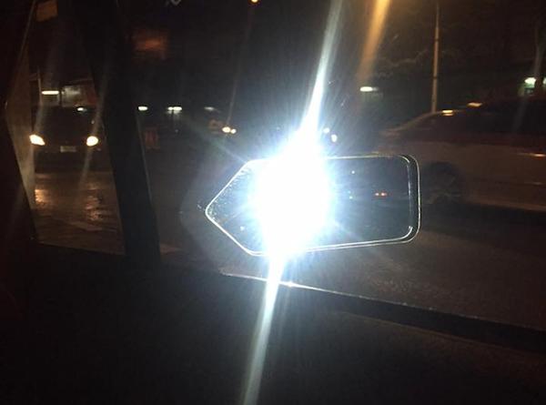 ไฟหน้าที่สว่างเกินไป หรือถูกปรับให้สูงมากเกินอาจรบกวนผู้ใช้รถคนอื่นได้