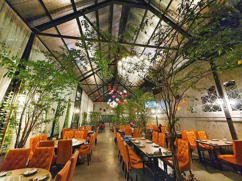 3. ARIS Restaurant