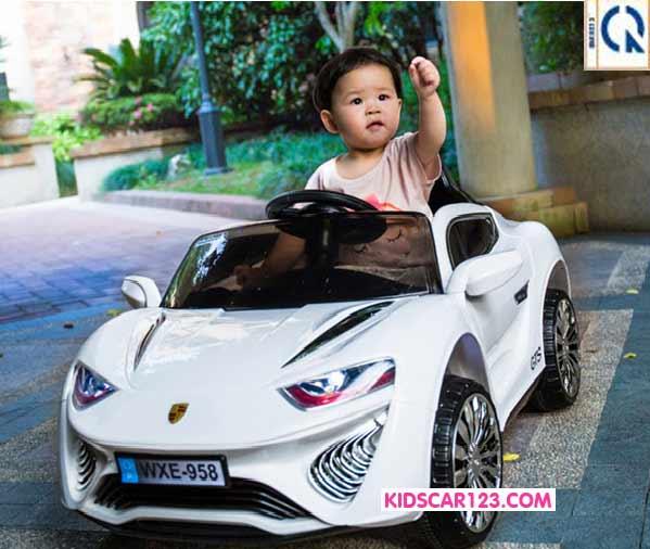 Xe hơi điện trẻ em WXE-958