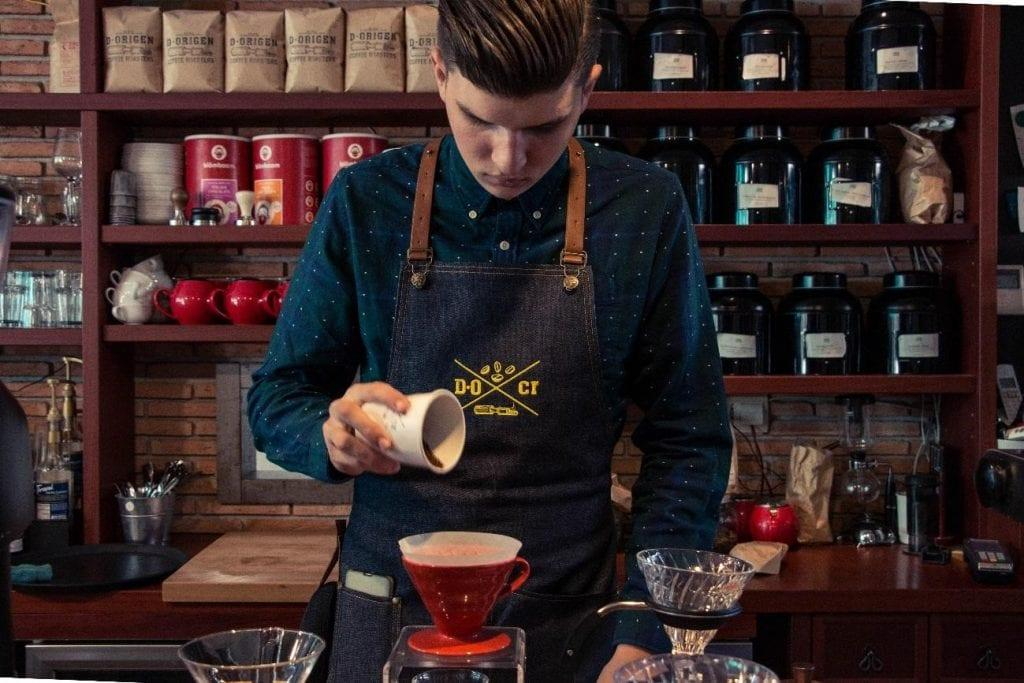 La barra de café en D-Origen Coffee Roasters.