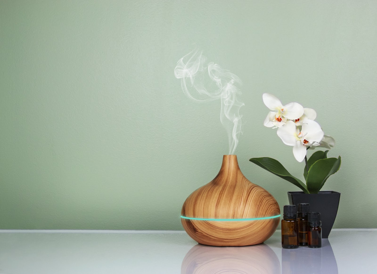 Aroma therapy essential oils diffusers
