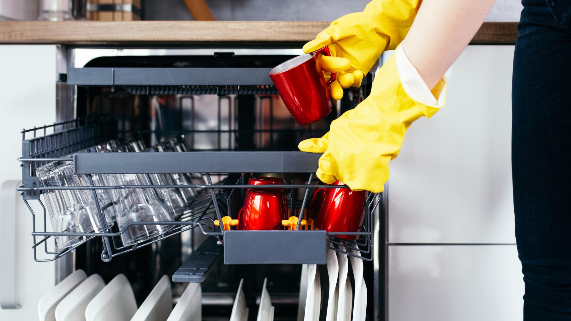 Use dishwasher properly