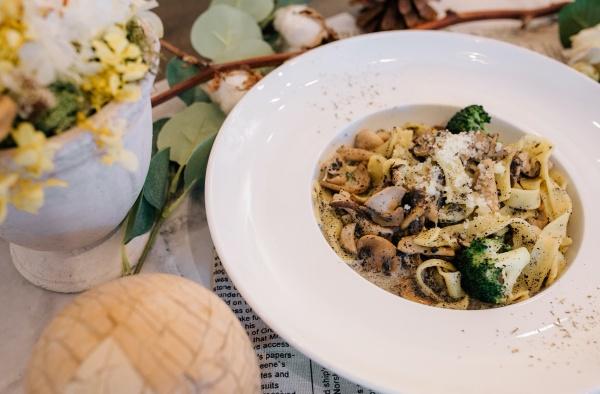 台中-蔬食餐廳推薦-黑松露蘑菇義大利麵