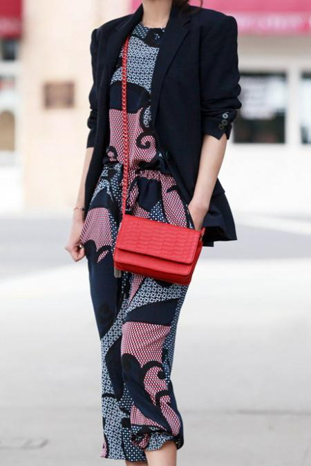 Sling Bags Pilihan Wanita Moden