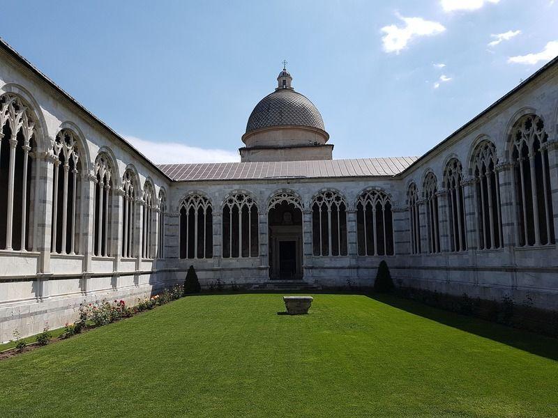 Camposanto Monumental, uno de los lugares que ver en Pisa
