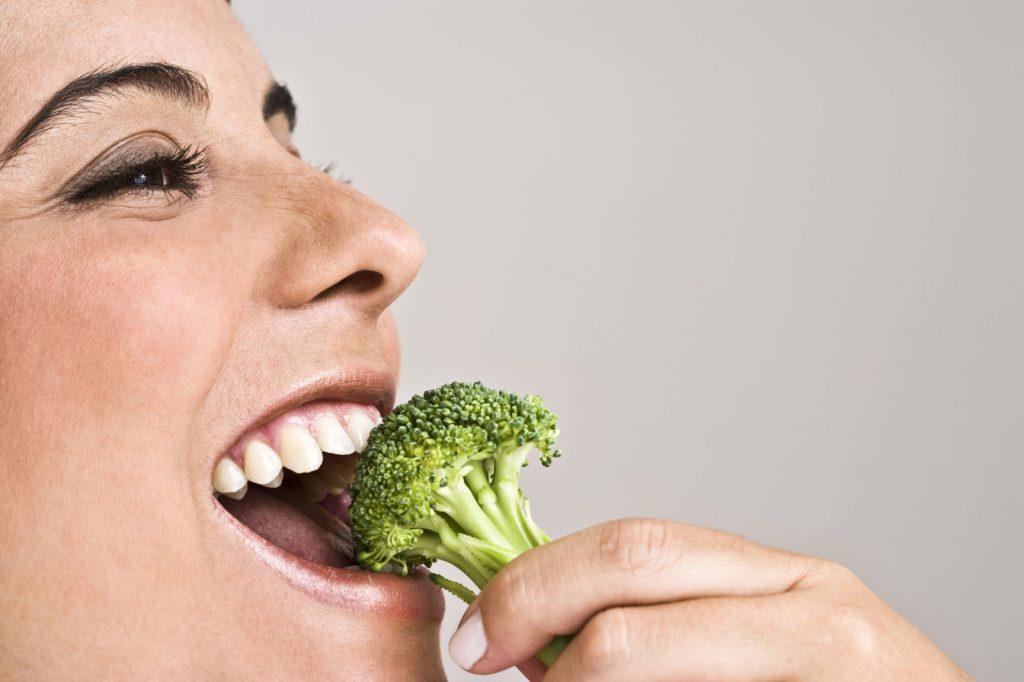Thuốc tăng lực thiên nhiên từ 5 nhóm thực phẩm kết hợp mang lại gấp đôi dinh dưỡng và hiệu quả bảo vệ sức khỏe cơ thể - Ảnh 2.