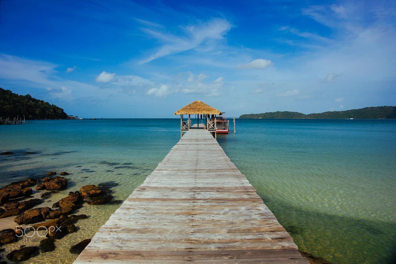 Bạn có biết Koh Rong Samloem - Thiên đường biển đẹp xinh của Campuchia? - ảnh 1