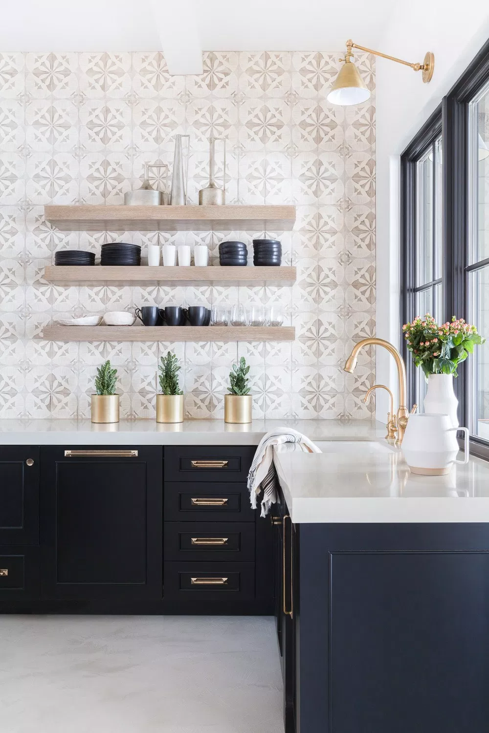 20 Trending Kitchen Accent Wall Ideas Tips & Photos