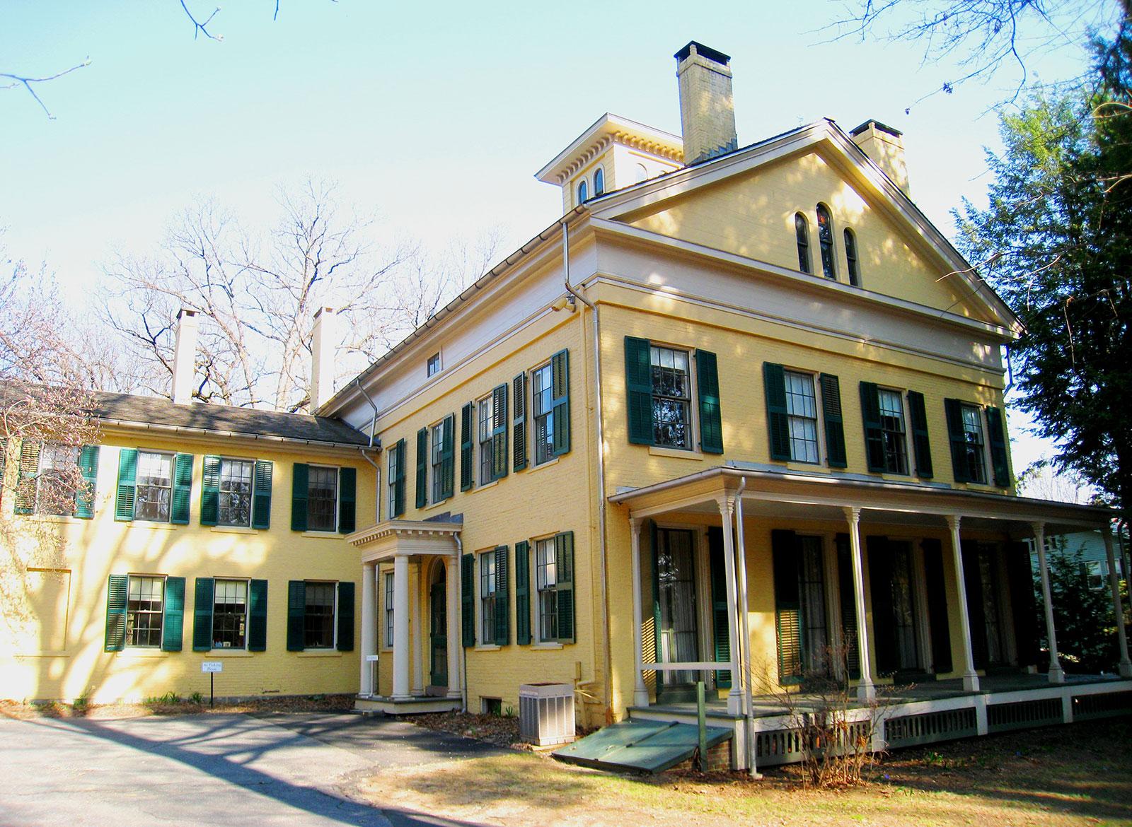 Museu Emily Dickinson - a casa do escritor