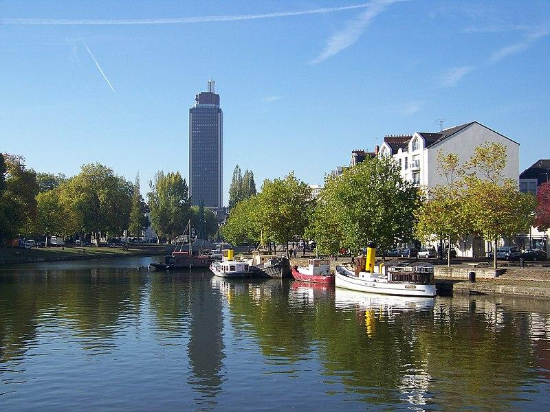 File:Nantes - Erdre.jpg
