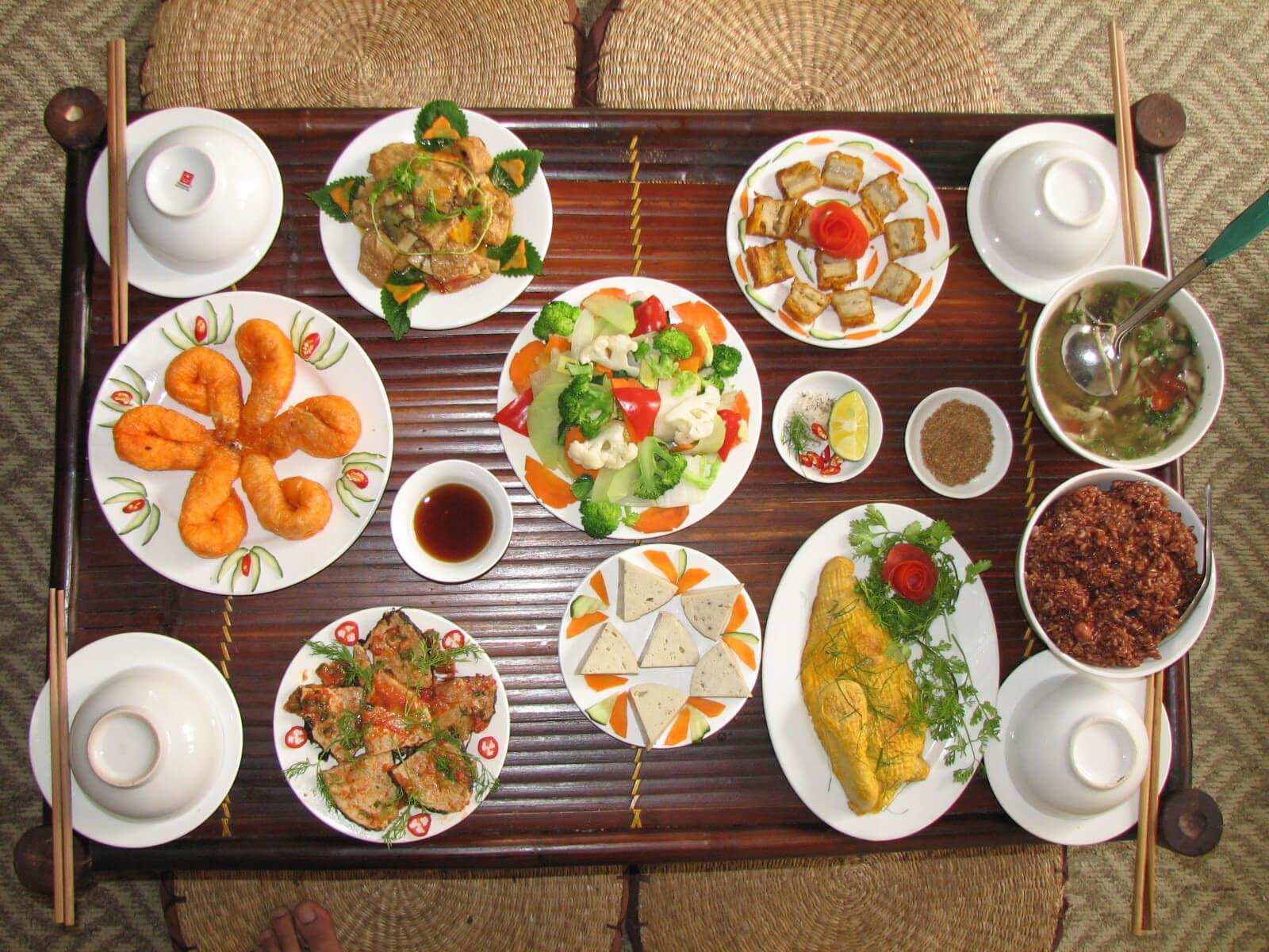 Ý nghĩa của tục ăn chay trong ngày lễ Vu Lan