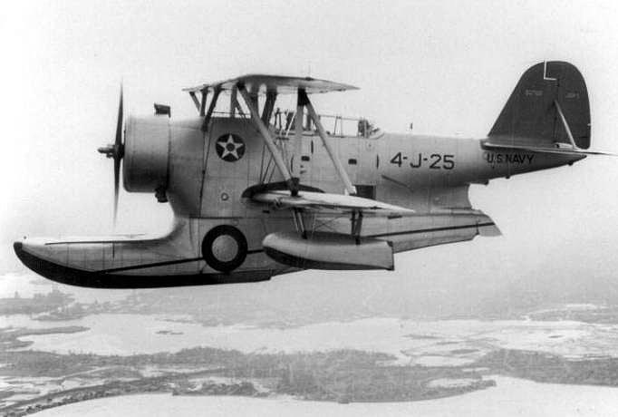 j2f-5_grumman_duck_vj4_nas-squantum_c1941