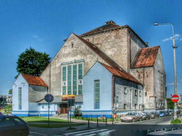 synagoguePoznan-w590.JPG