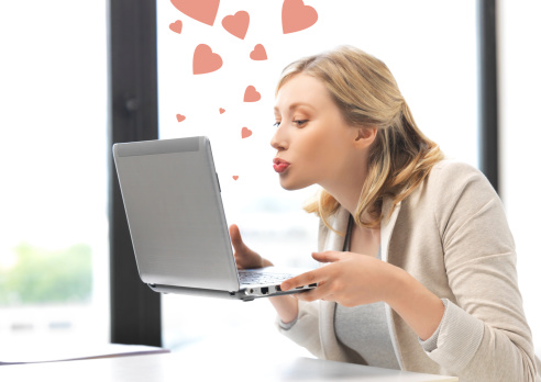 The (non-sleazy) guide to flirting online - eharmony Relationship Advice