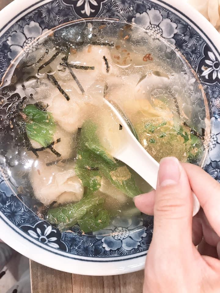 鮮蝦餛飩湯