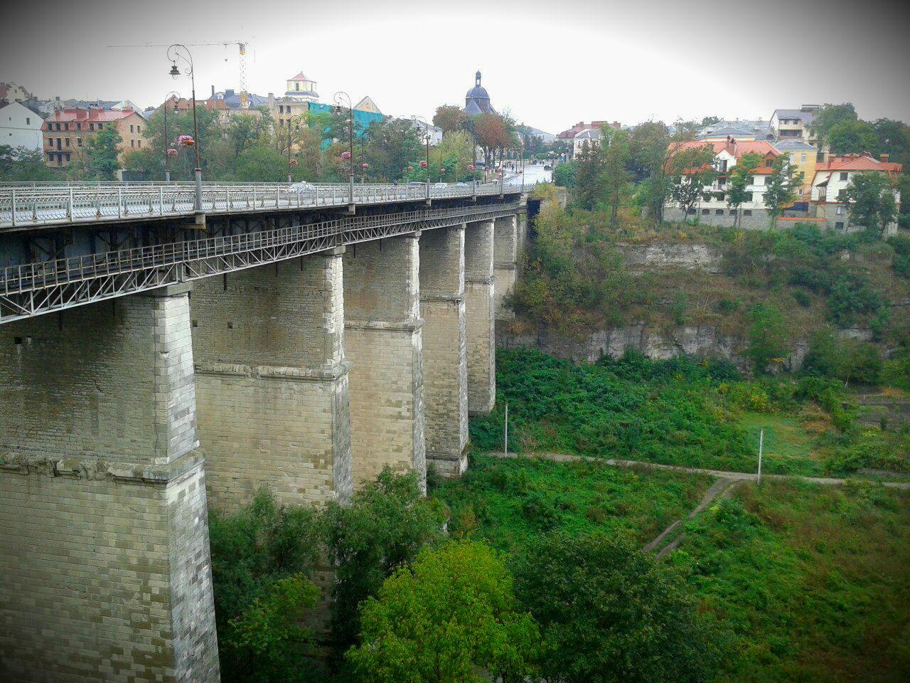 Новопланівський міст-віадук з видами на Смотрицький каньйон