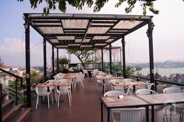 Quán cafe trên sân thượng