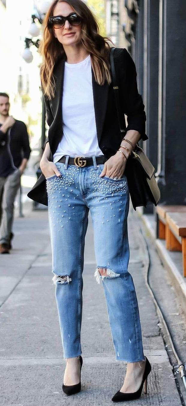 outfit of the day | black blazer white tee boyfriend jeans heels |  Boyfriend jeans, Jeans with heels, Jeans outfit spring