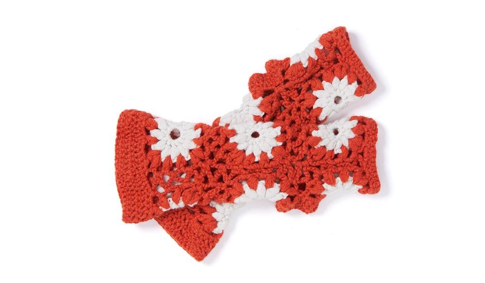 crochet-wristwarmers3.jpg