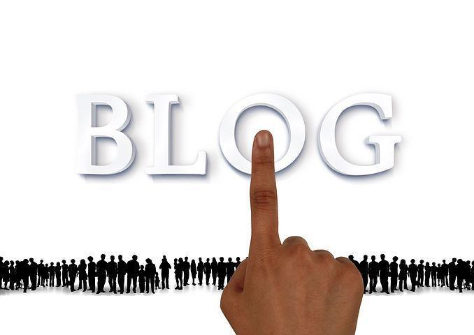 image blog et foule de personnes