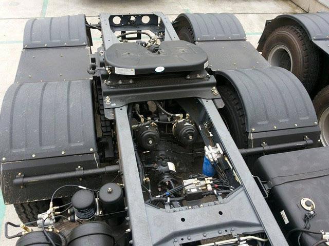 động cơ xe đầu kéo JAC