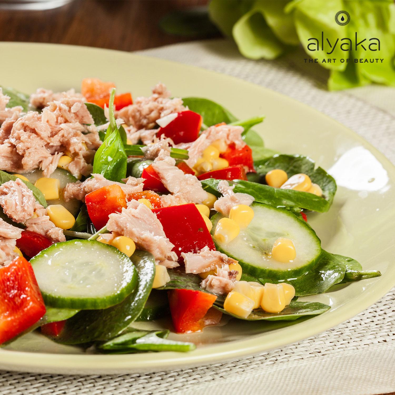 Low-Calorie Crispy Holiday Salad