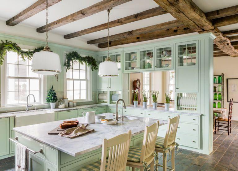 Mẫu phòng bếp ấn tượng với đồ dùng đậm chất vintage
