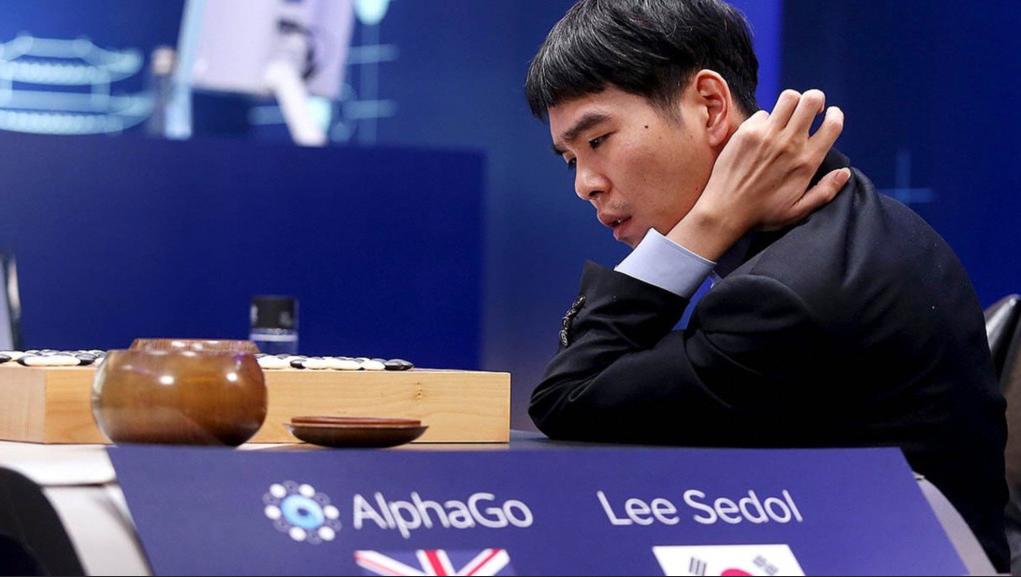 AlphaGo đánh bại đại kiện tướng cờ vây
