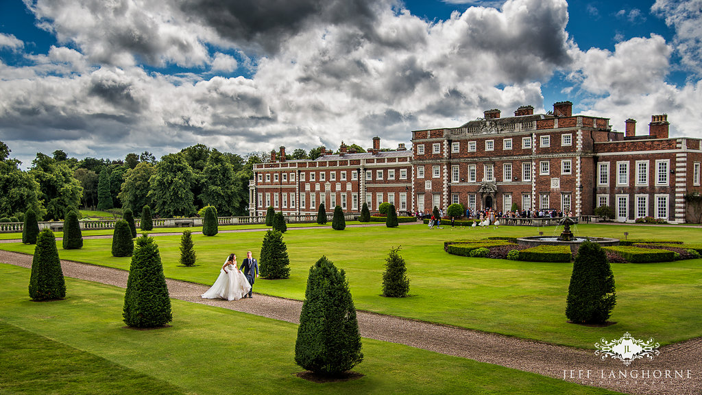 How To Create Your Fairytale Wedding At Knowsley Hall
