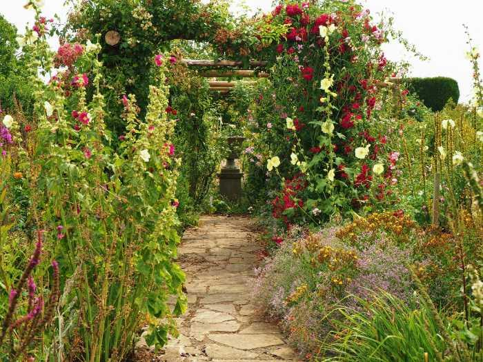 English garden pergola