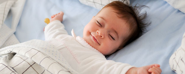 sing lullaby to baby for smooth sleeping