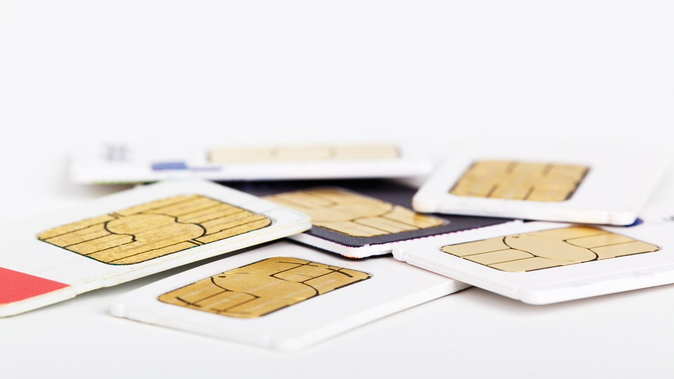 Carte SIM téléphone mobile