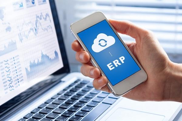 Chỉ cần mở giao diện ERP trên thiết bị điện thoại, máy tính,... người dùng có thể xem tất cả mọi hoạt động của doanh nghiệp mình