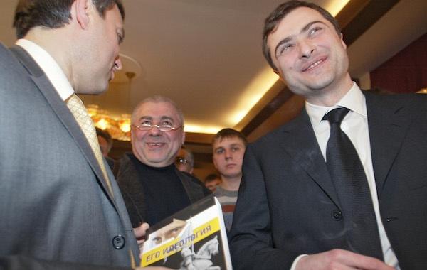 Политолог Глеб Павловский и куратор непризнанных республик Владислав Сурков